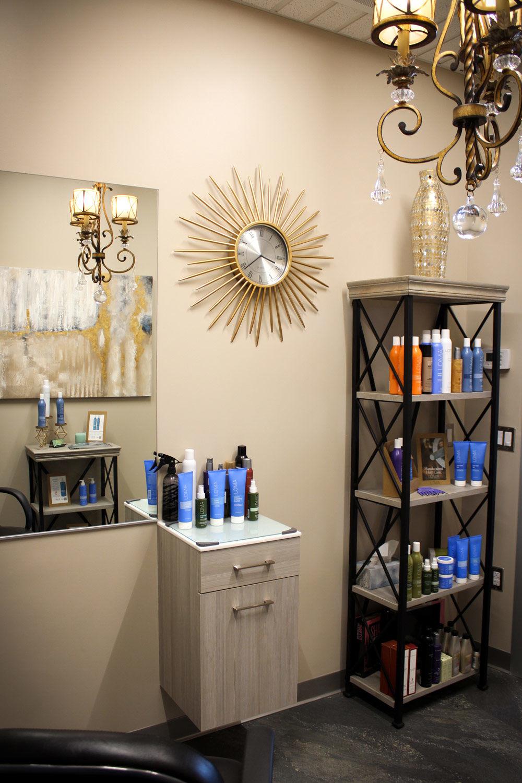 Image-Maker-Salon_Debbie-Watkins_SolaSalonStudiosSouthAsheville_Photo-by-Hayley-Benton.jpg