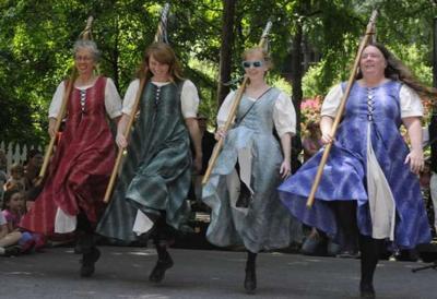 Ashgrove Garland Dancers