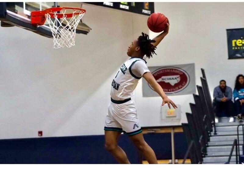 Collin Mills dunk.jpg