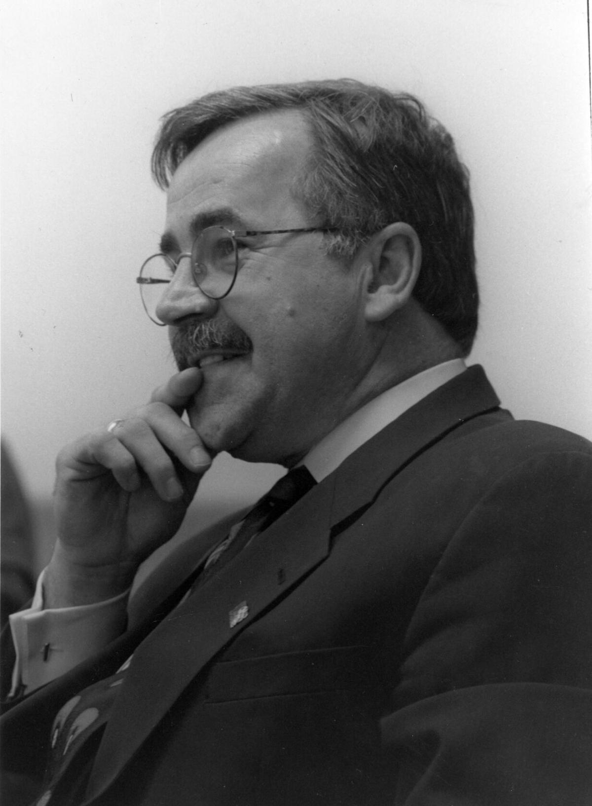 Hank-Steinbrecher2.jpg