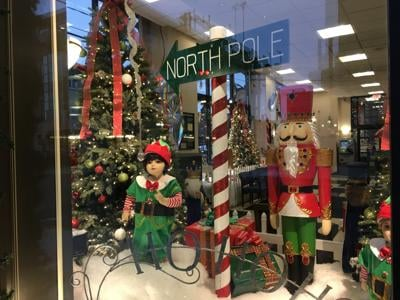 Scranton Tomorrow's annual Holiday Window Decorating Showcase