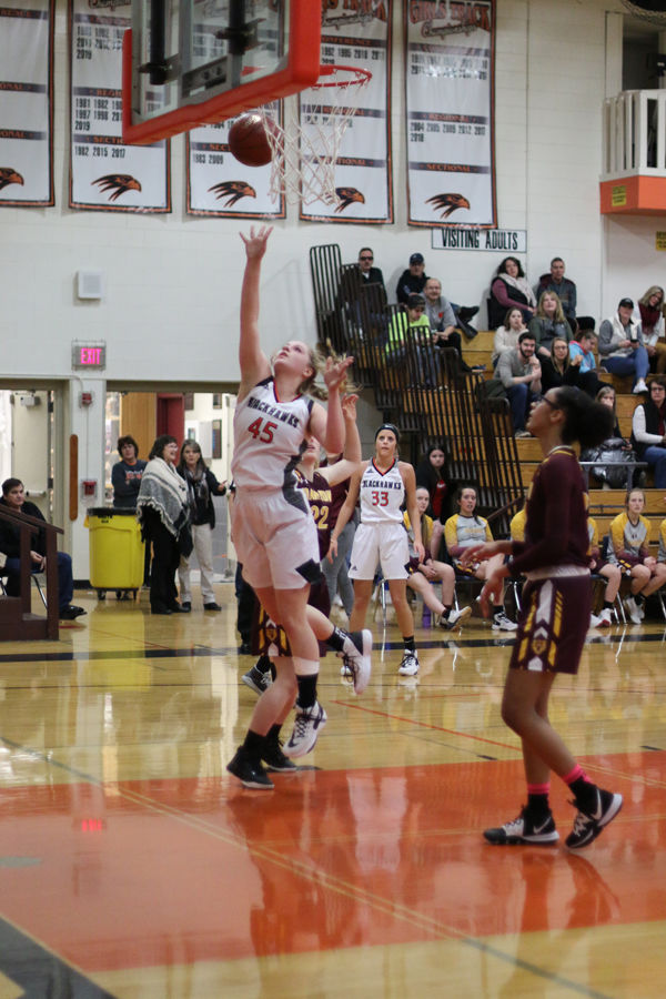 Ladyhawks Beat Barron To Stay On Top Of The HON