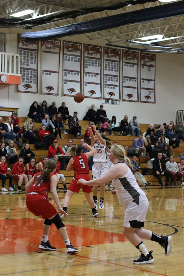 Ladyhawks Improve To 7-0 With Two More Wins
