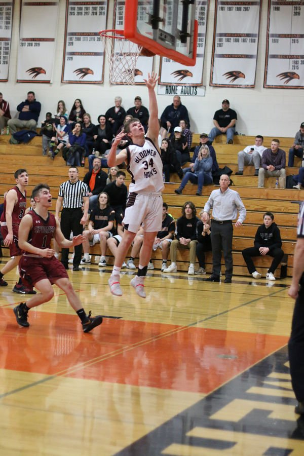 Blackhawks Out Shoot Rails In 43–28 Win At Home