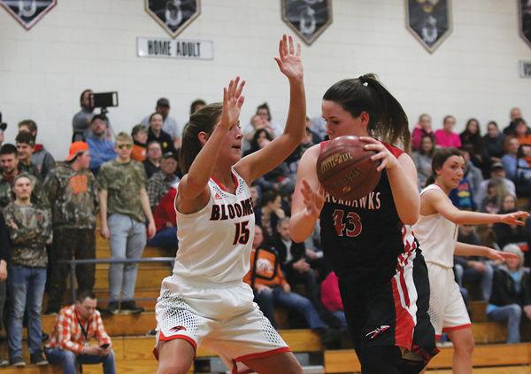 Hawks Beat B-W, Fall To Prescott In Regional Final