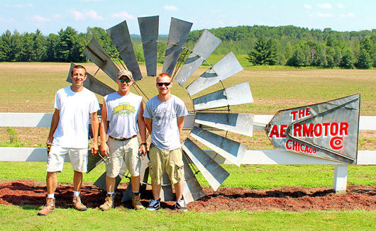 Vintage Windmills Restored In Bloomer, New Auburn