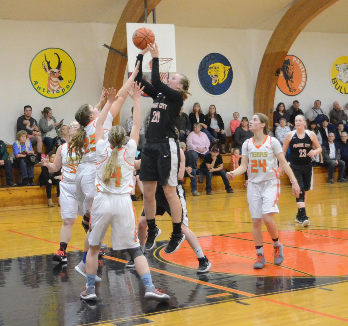 Panther defense halts Tigers in Dayville