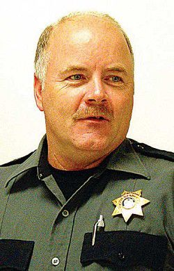 Voters keep Palmer as sheriff