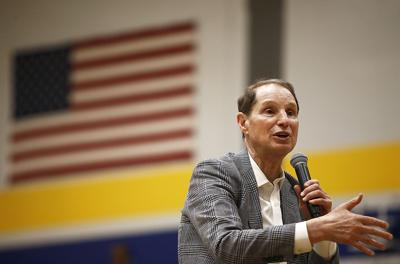 Wyden addresses election, wildfires at Prineville town hall (copy)