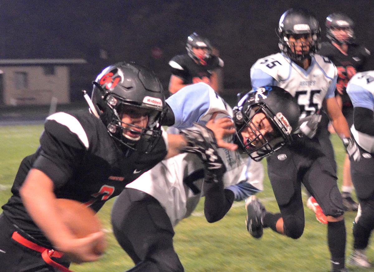 Pros dominate in homecoming shutout over Riverside