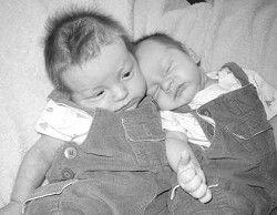 Births: Aiden and Caden Skiens