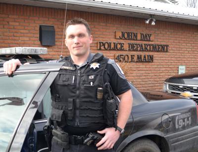 Officer Sam Stinnett