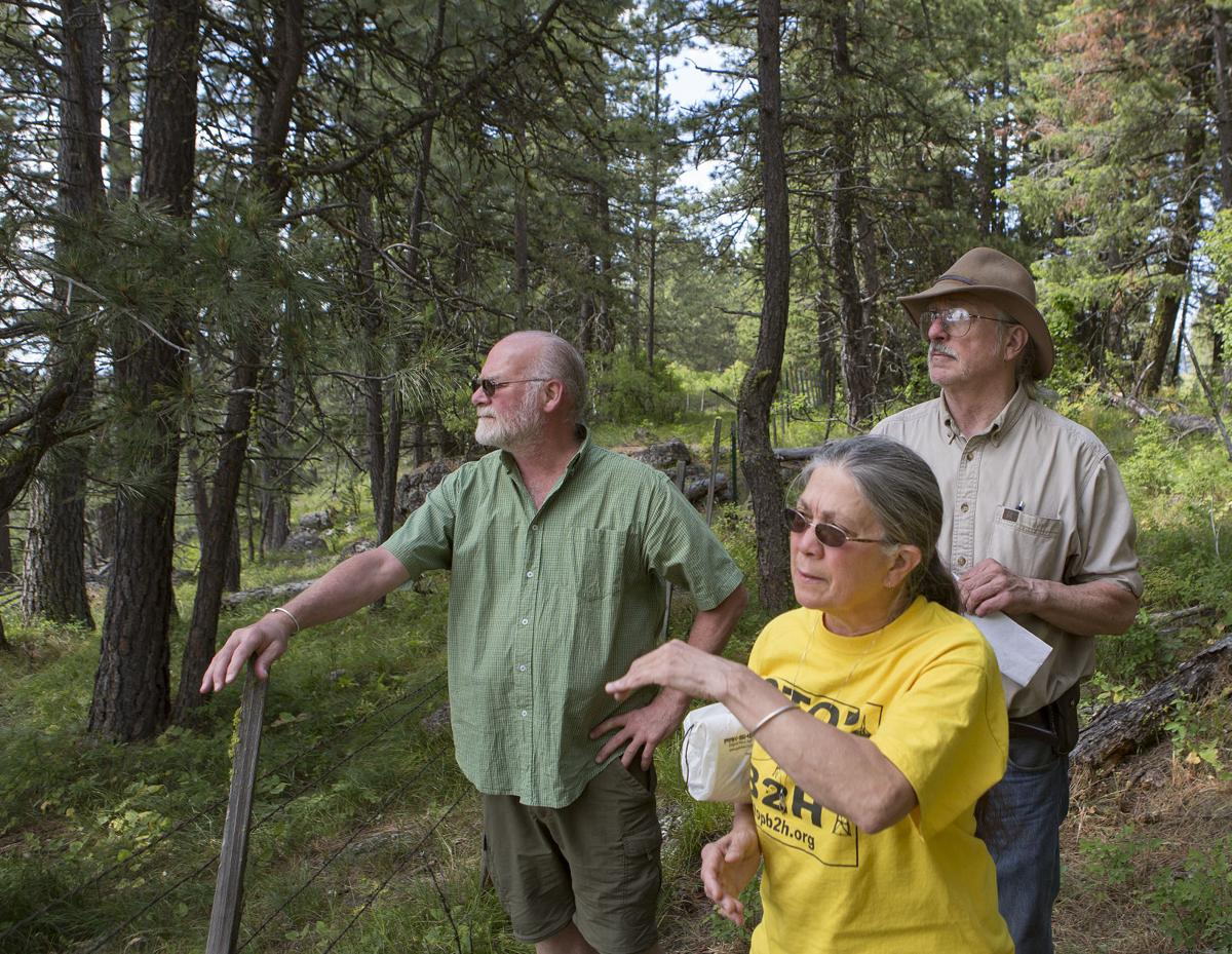 B2H Group Looking at the Terrain