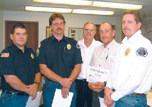 City honors volunteer fire crew