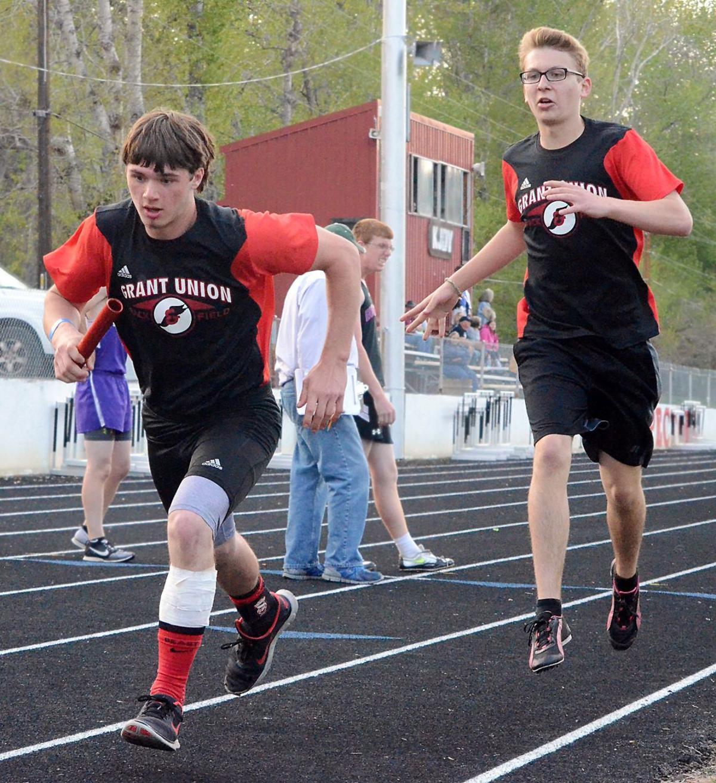 Garrett Hitz vaults to school record