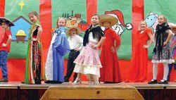 "Prairie students perform ""A Little Christmas"""