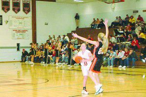 Lady Pros up win streak to 3 games