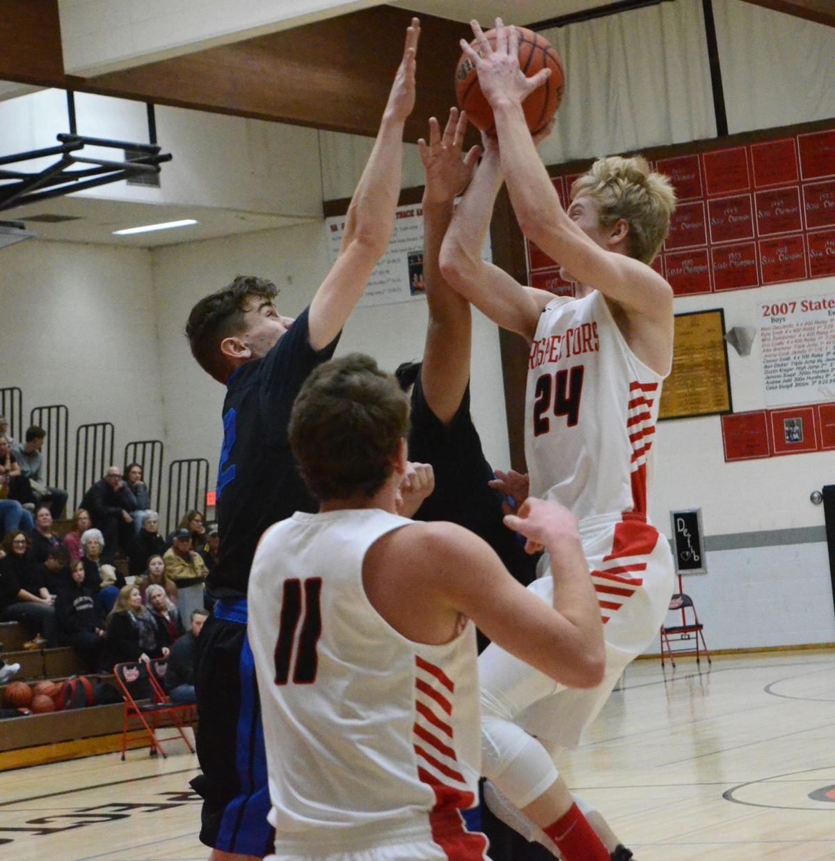 Grant Union boys lose to Stanfield