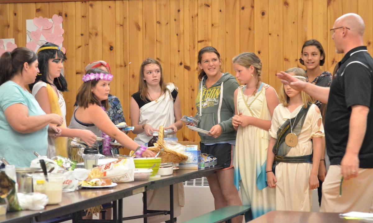 Sixth-graders feast on history