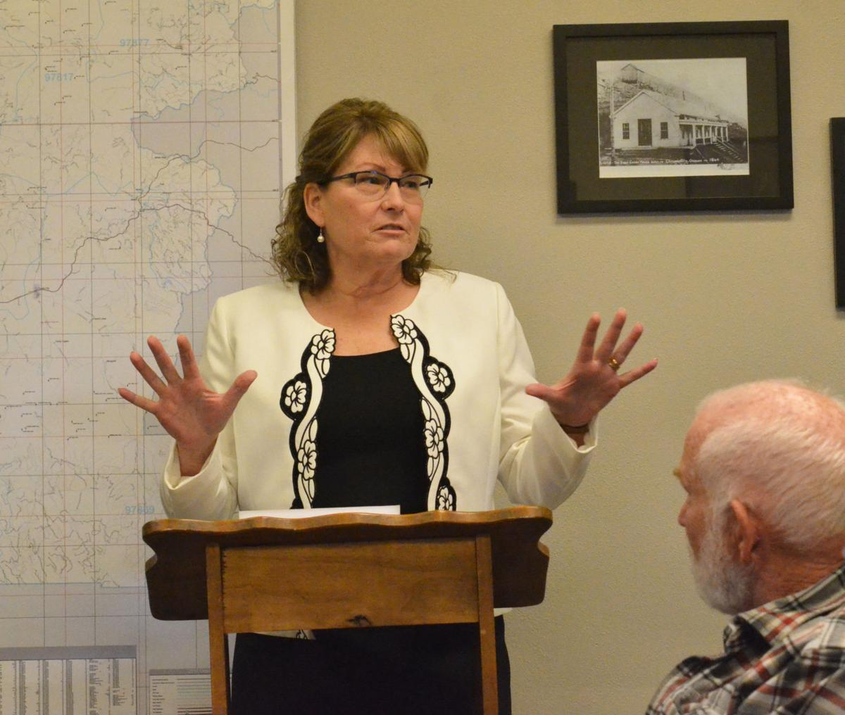 Justice of the Peace Kathey Stinnett addresses Grant County Court