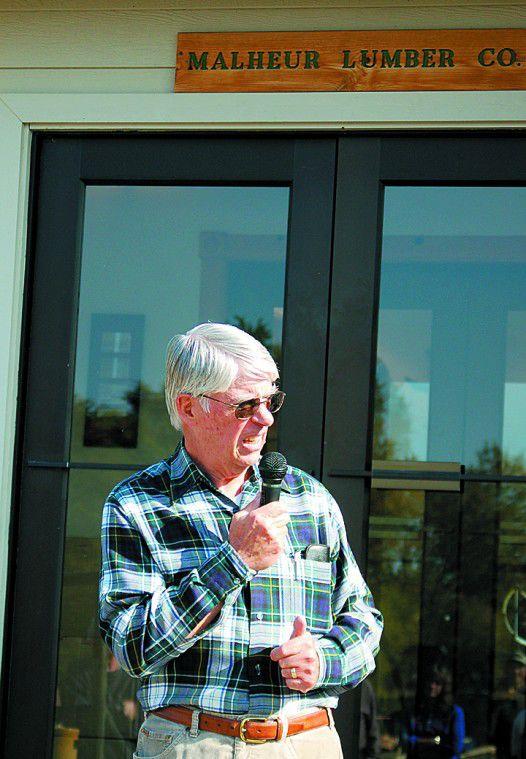 Community gets inside view of Malheur's new pellet plant