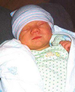 Births: Cooper Maxwell Ross