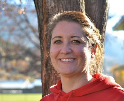 New coach leads Prospector girls basketball team