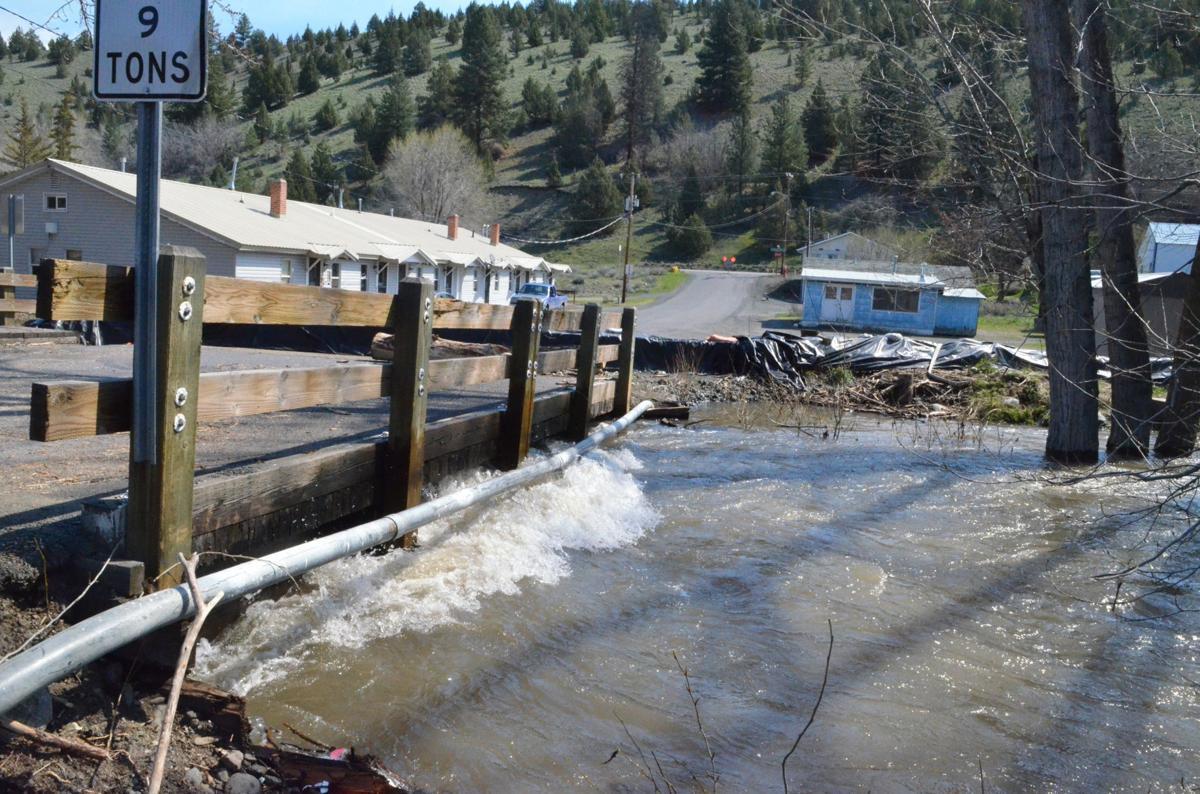 Level 1 flood advisory Canyon Creek
