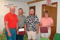 City employees receive achievement award