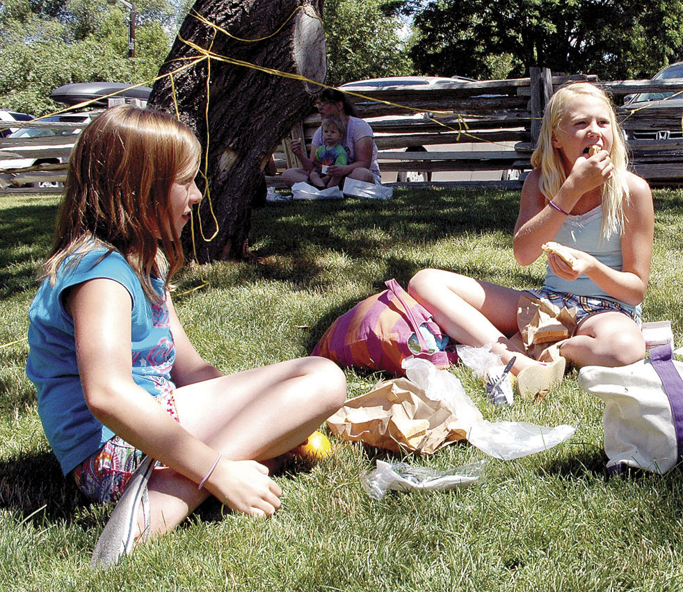 Lunch and a book ... and crafts, too!
