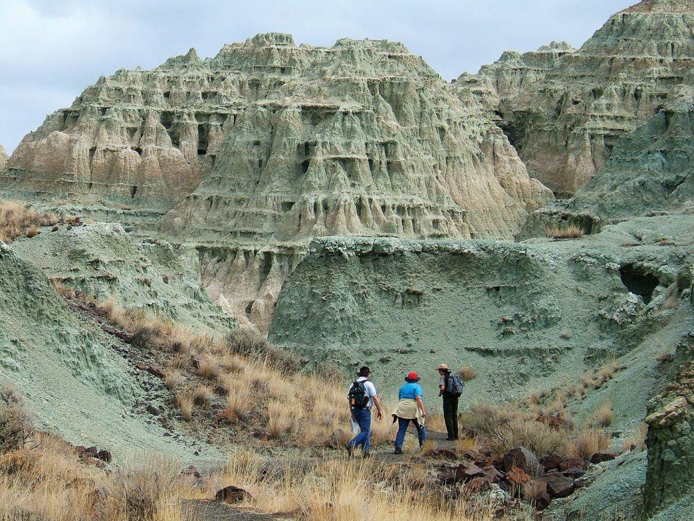 Trails offer glimpse of geologic past
