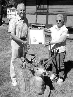 Family donates deer mount to museum
