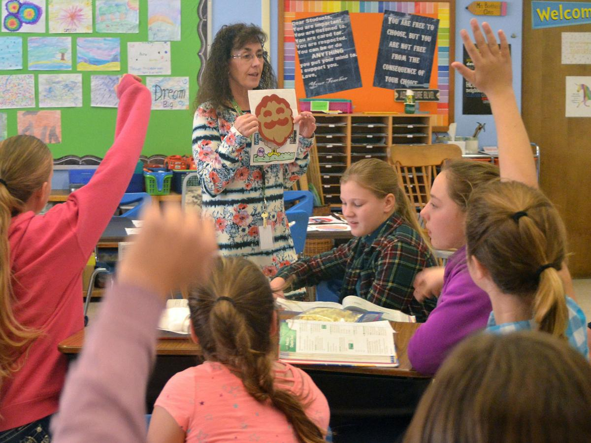 Humbolt students gobble up turkey assignment