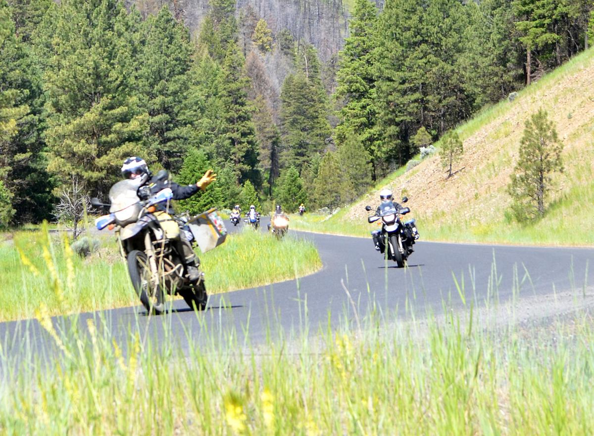 BMW Riders