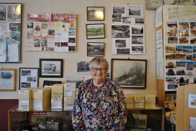 210616 PHOTO Ellen Rae Heritage Center Aleka - 1