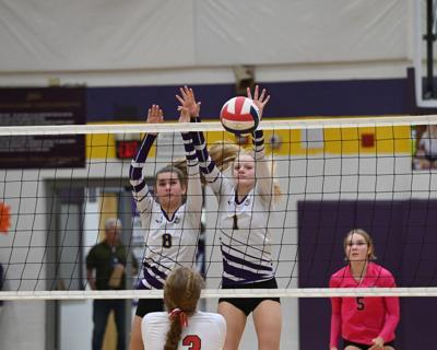 210929 PHOTO Volleyball JOHN SMITH