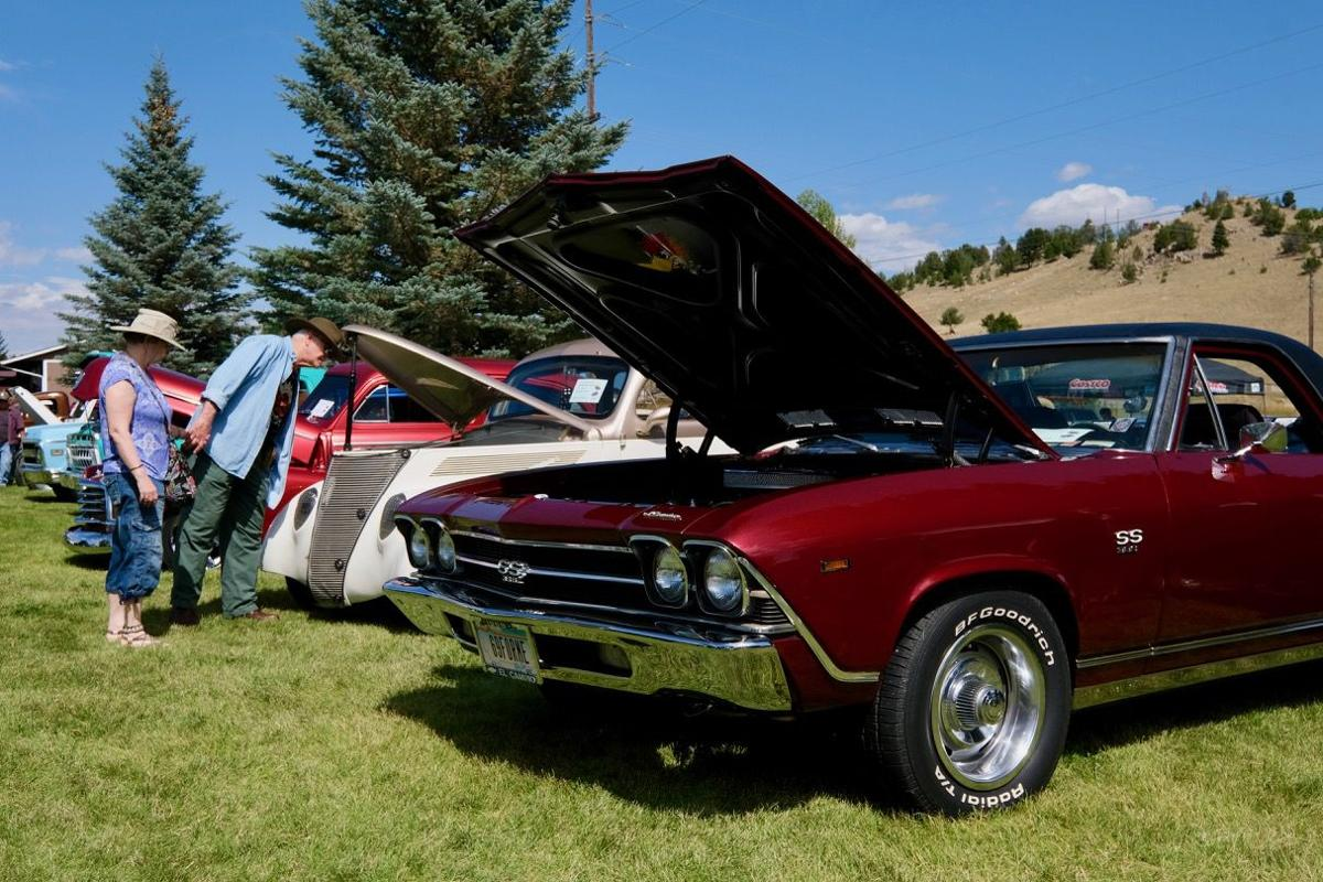 082819 Boulder Car Show under the hood.jpg