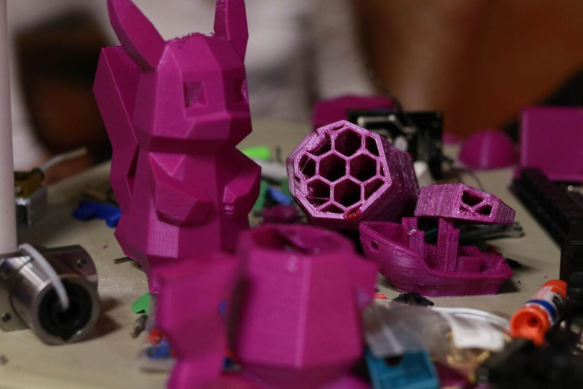 Students-created 3-D printer fully functional
