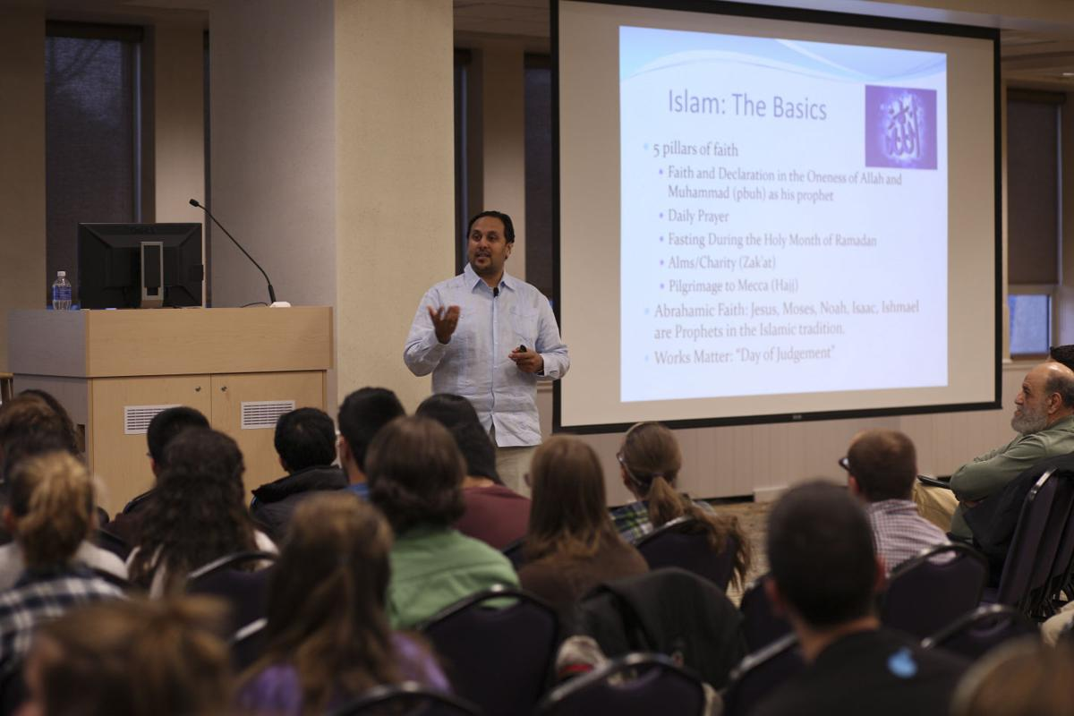 JMU refutes negative stereotypes with Islamophobia seminar | Life