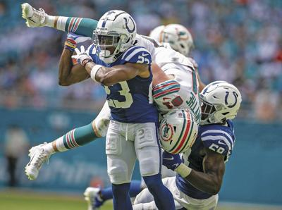SPORTS-FBN-COLTS-DOLPHINS-PM