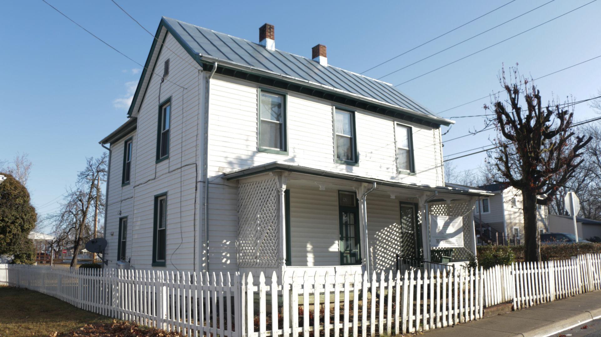 Marvelous Dallard Newman House