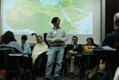 Panelists: Egypt mixes old politics with new mediaa