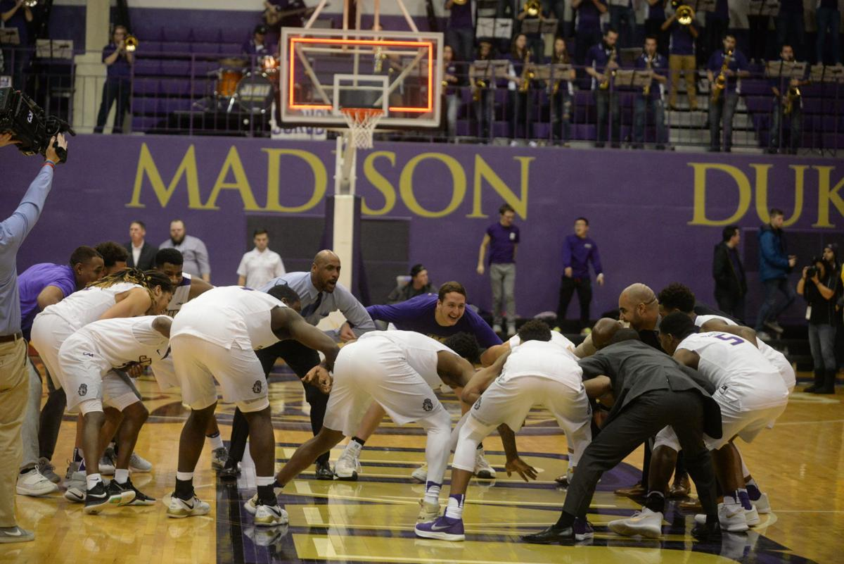 JMU men's basketball downs UNCW 62-61 in another close ...