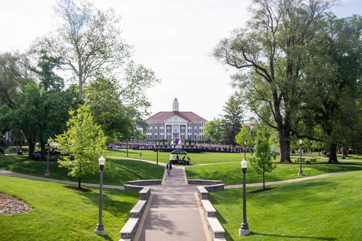 collegeofarts&lettersgraduation1