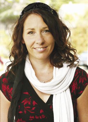Angela Fox