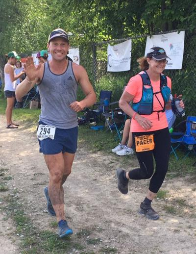 Mom surprises son at trail race 1