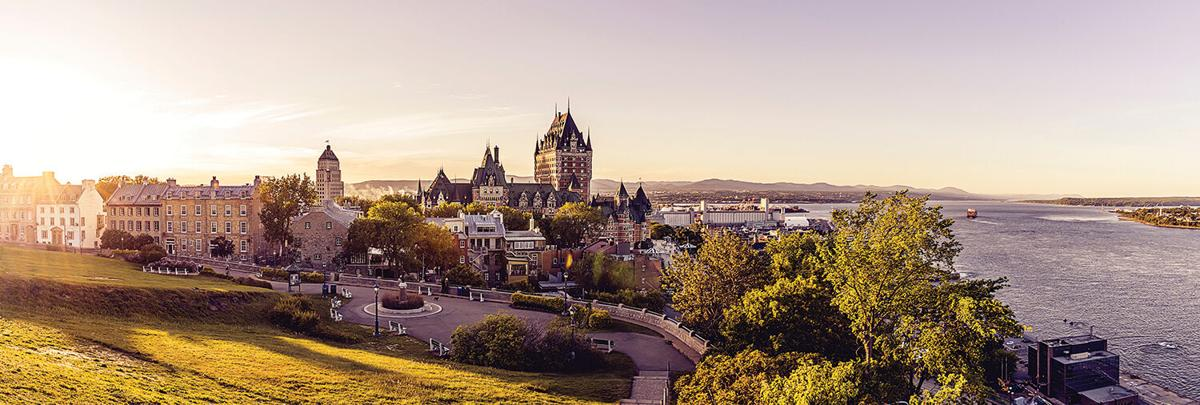 Frontenac,Castle,In,Old,Quebec,City,In,The,Beautiful,Sunrise