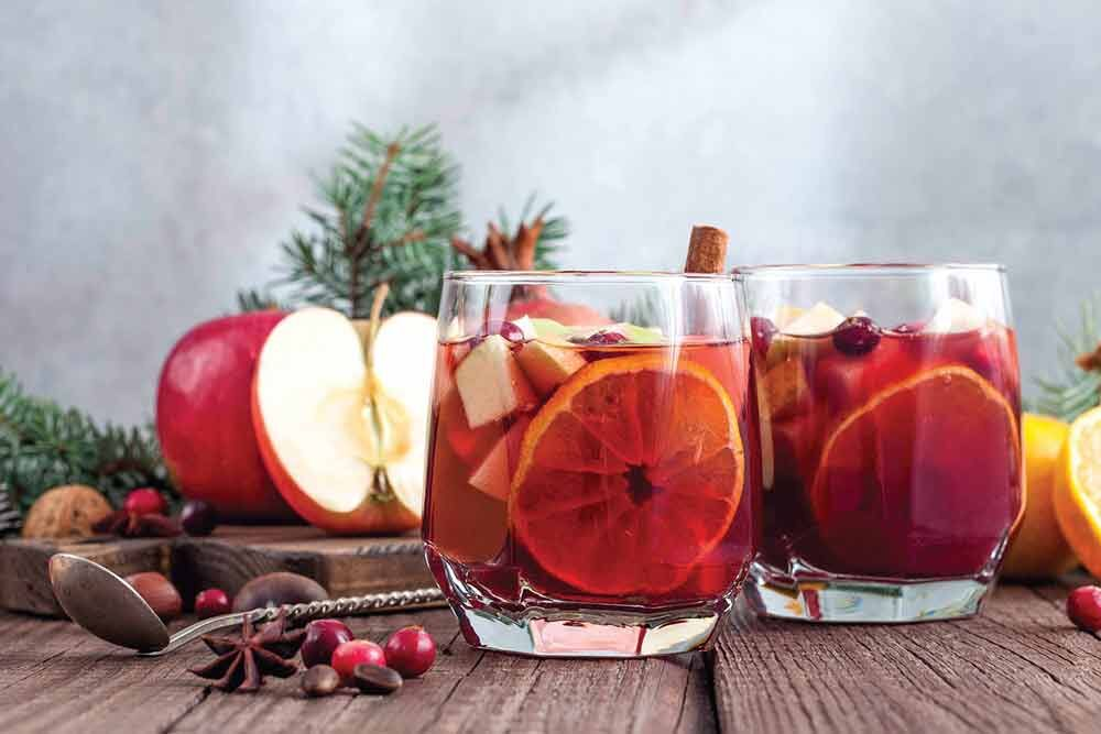 BuffaloSpree.com's Recipe of the week: Pear Mule and Cranberry Spiced Cider
