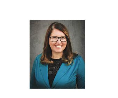 Meyer receives Regents Academic Staff Excellence Award