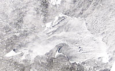 Lake Superior reaches 90 percent ice cover